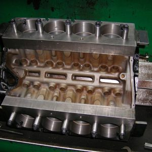 Torque Plate Honing 308 Block. Engine Machining.