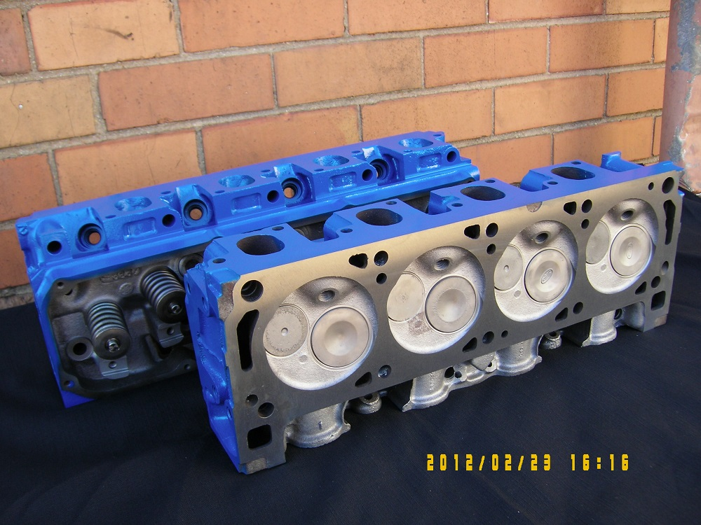 Ford 351 Cleveland Reconditioned Heads.