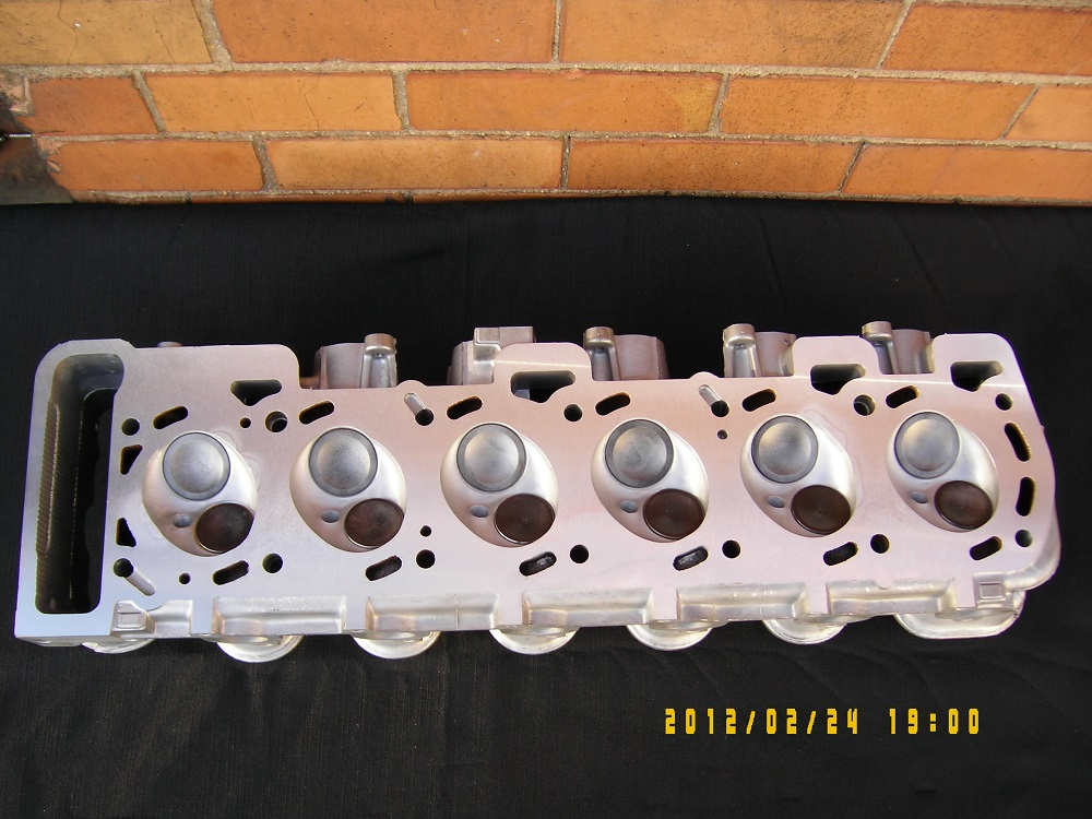 Ford 4.0 Litre Reconditioned Cylinder Head.