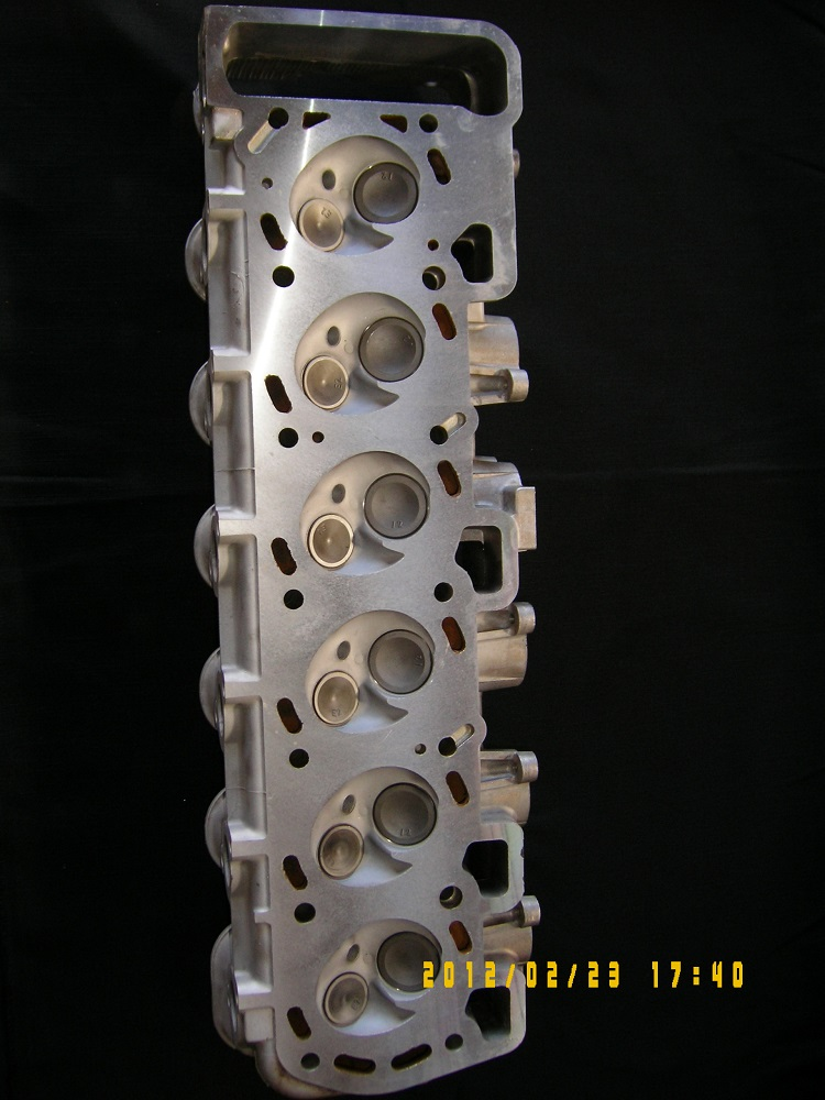 Ford EA 3.9L Reconditioned Cylinder Head.
