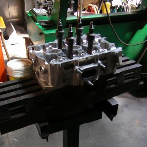 Straightening a Bent Cylinder Head. Engine Machining.