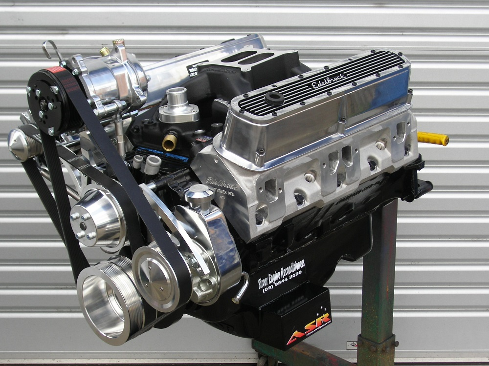Chrysler 360 Engine with Custom Hydraulic Roller Camshaft, Modified Edelbrock Heads and Inlet Manifold, Pro Magnum Shaft Roller Rockers, etc.