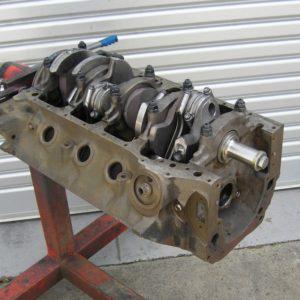 Cleveland 393ci Ford Engine Short, Short Motor.