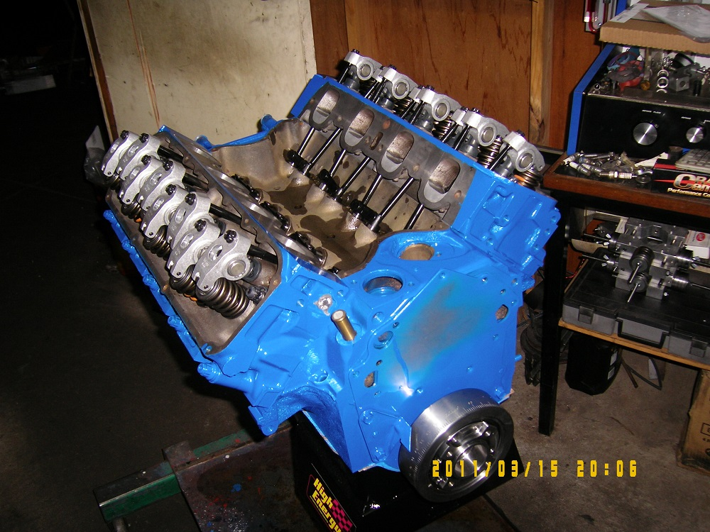 Ford 393 Cleveland 4V Engine with Modified 4V Heads, Hydraulic Roller Cam, 600hp.