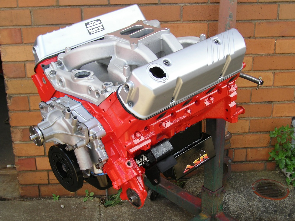 Holden 308/355 Stroker Engine that is fitted with VN Heads, COME Crank, Air Gap RPM inlet Manifold, Competition Cams Hydraulic Cam, ASR Sump, Etc. Approximately 450 hp.