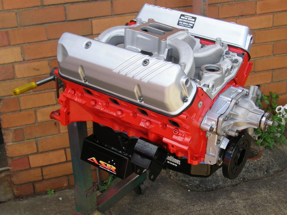 Holden 355ci Engine that is fitted with a Stroker Crank, VN EFI Heads, etc.