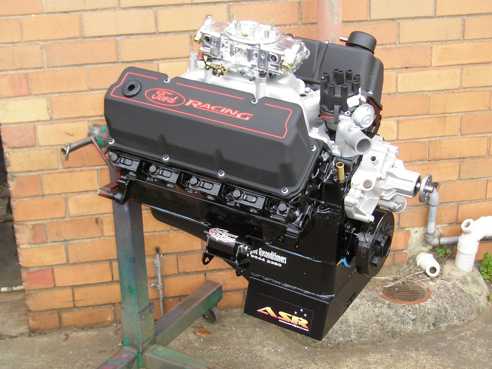 351ci Cleveland Performance Engine fitted with Accessories.